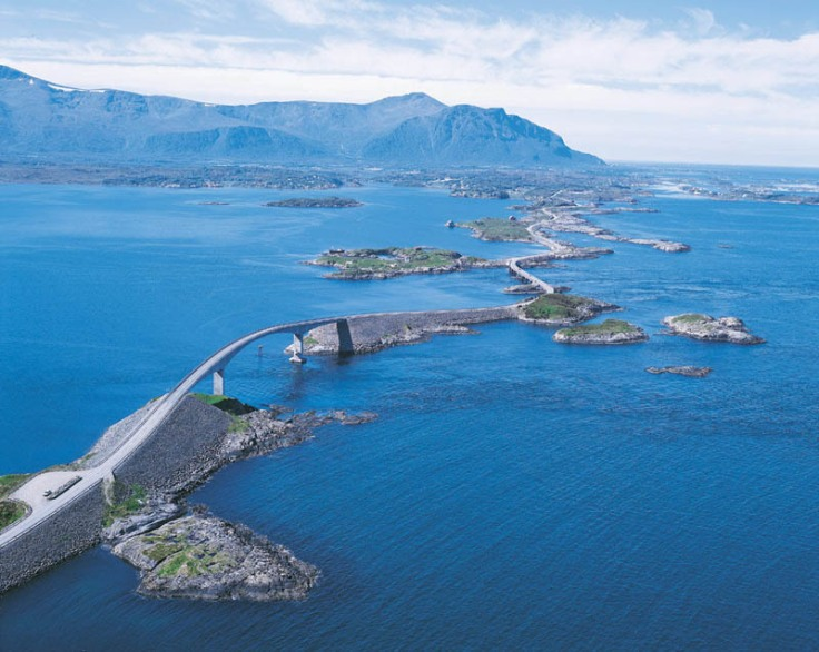 atlantic-road-KULfoto-com.jpg