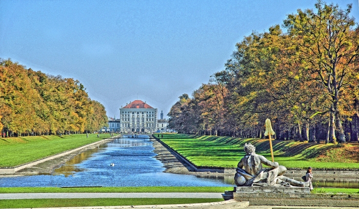 München_-_Schloss_Nymphenburg_Park_(tone-mapping).jpg