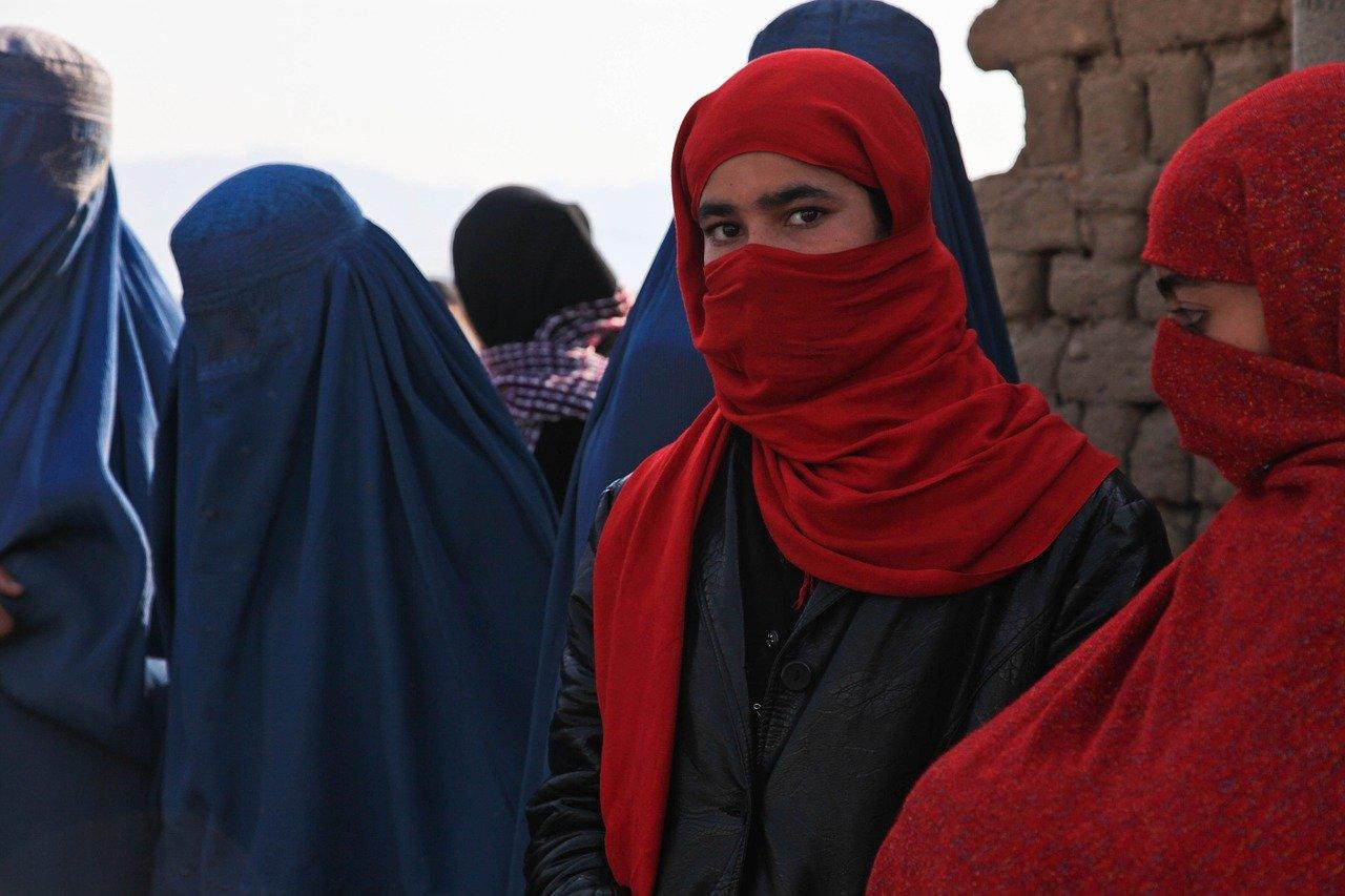 Splendida cetate a celor o mie de sori – de Khaled Hosseini