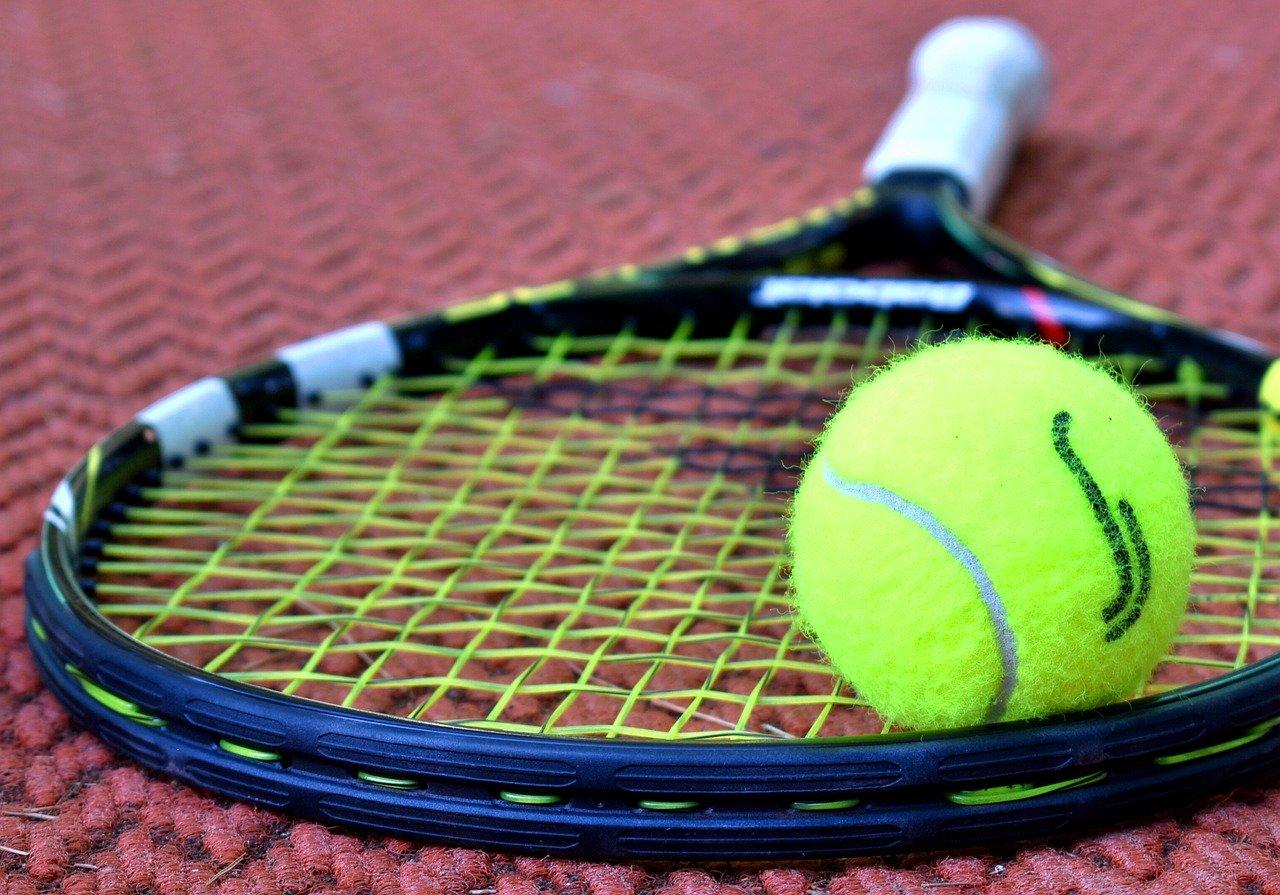 """""""Open. 🎾 Autobiografie"""" – o mărturie a lui Agassi despre cum a ajuns să urască tenisul"""
